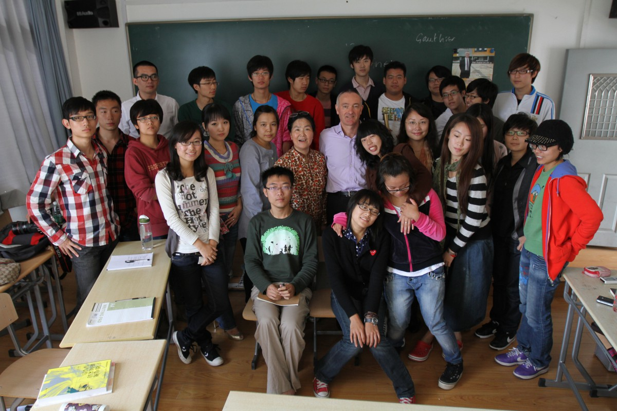 With an undergraduate film class at the Shanghai Theatre Academy in 2010